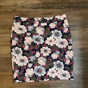Ann Taylor navy and pink floral skirt